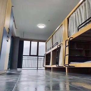 上下铺公寓床